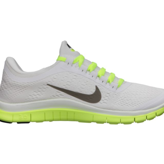 Nike Lady Free 3.0 V5 in White Volt