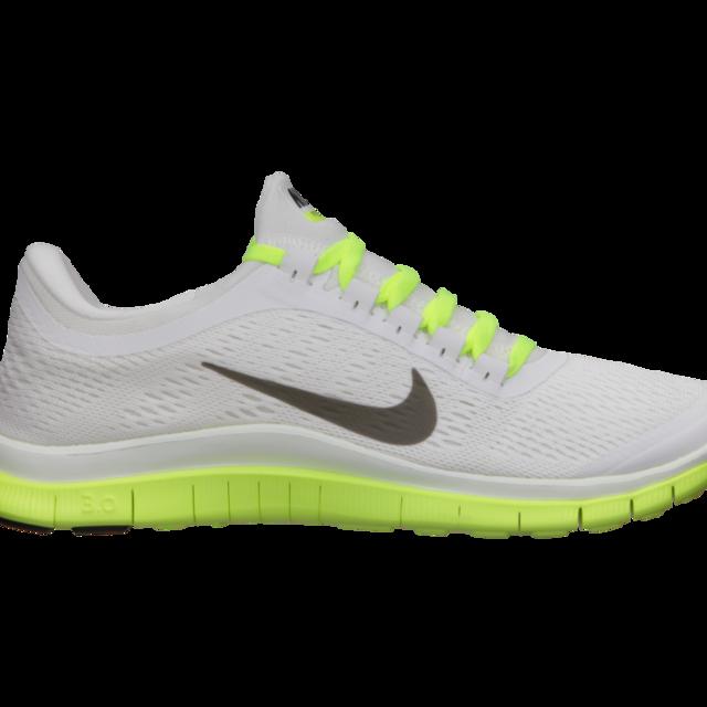 Nike Lady Free 3.0 V5 in White Volt