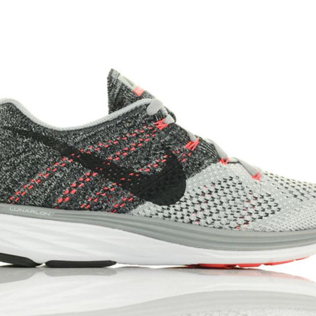 Nike Lady Flyknit Lunar 3 in Grau Schwarz