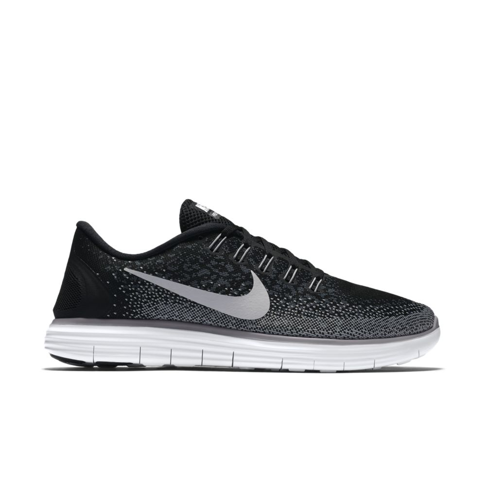 Nike Free Distance in Schwarz