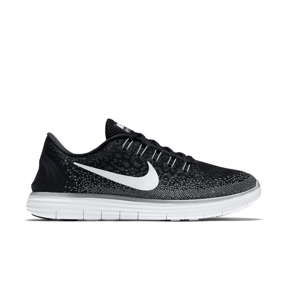 Nike Lady Free RN Distance in Schwarz