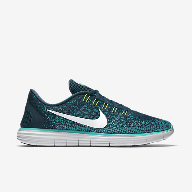 Nike Free RN Distance in Grün