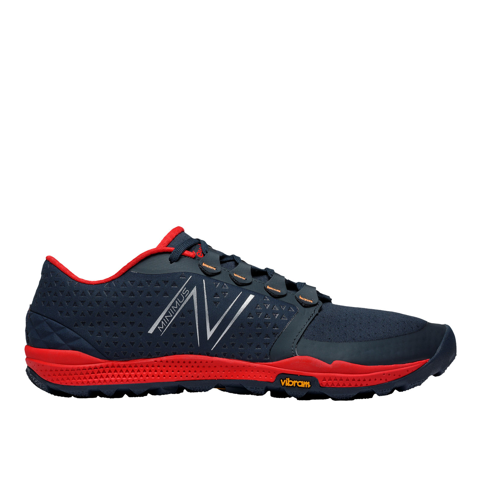 New Balance Minimus 10 V4 in Black Red