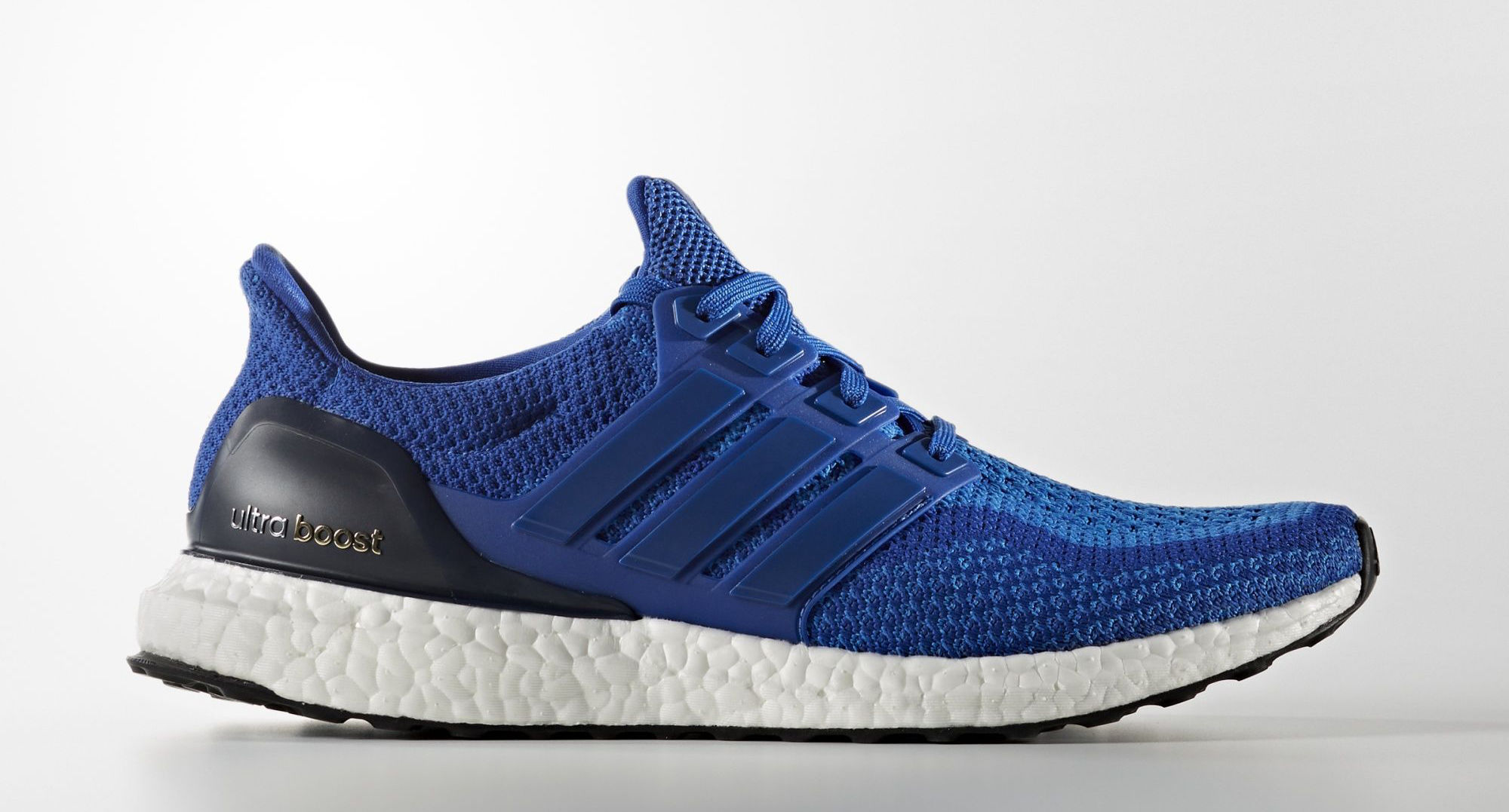 adidas Ultra Boost in Blau