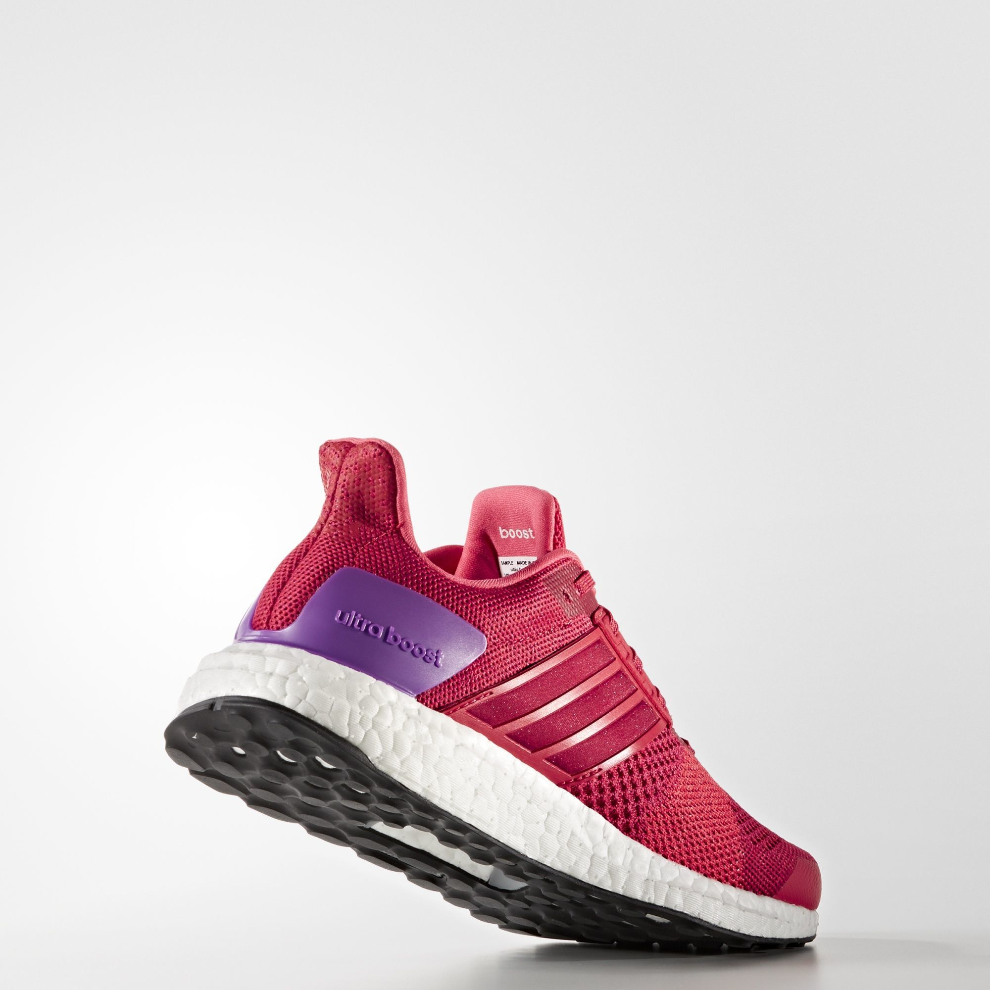 adidas Ultra Boost ST w in Rot