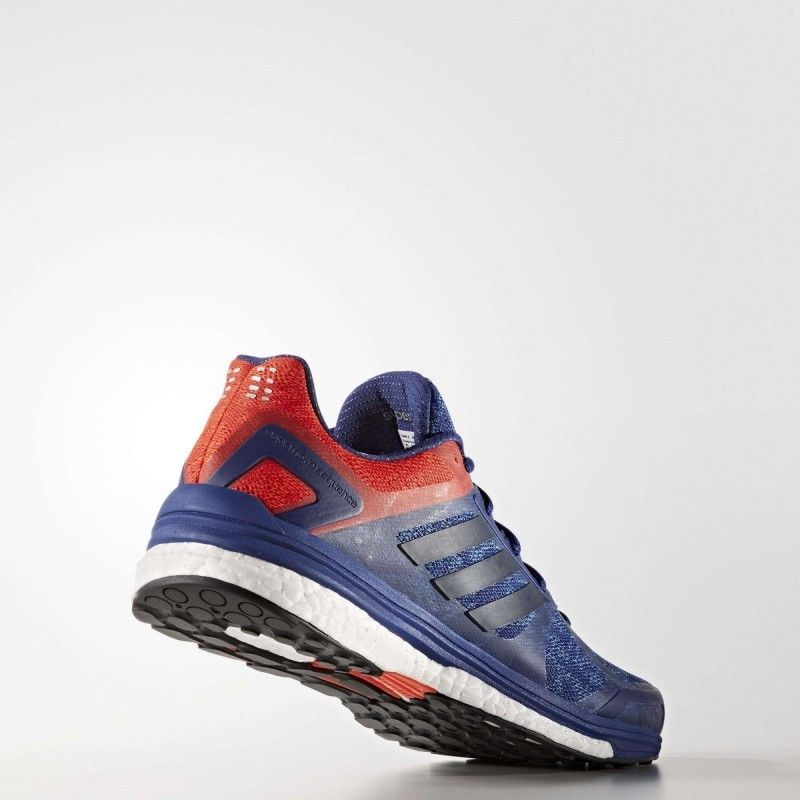 adidas Supernova Sequence 9 in Blau Rot