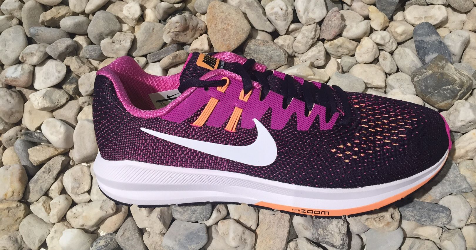 Nike Lady Air Zoom Structure 20 in Berry