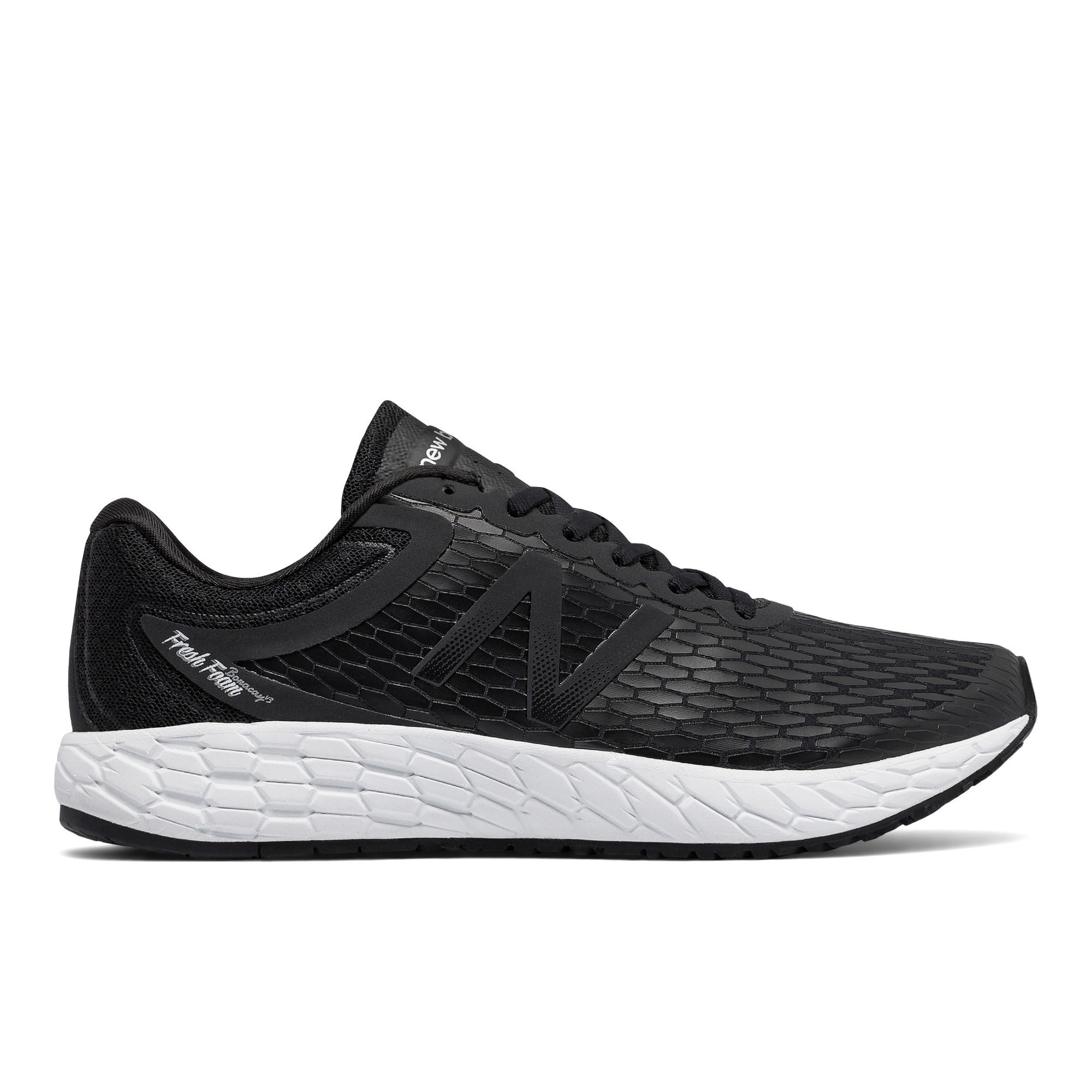 New Balance Boracay v3 in Schwarz