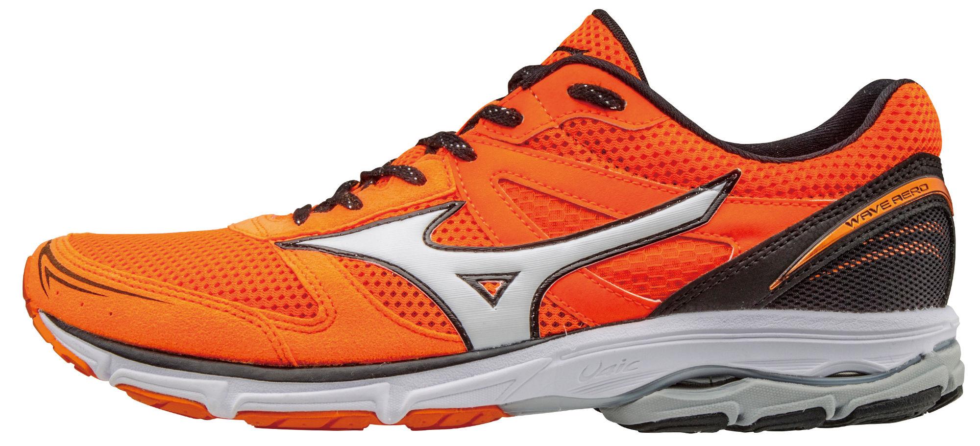 Mizuno Wave Aero 15 in Orange