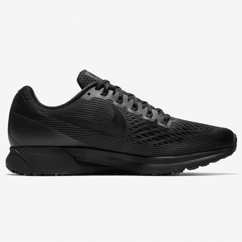 Nike Lady Air Zoom Pegasus 34 in Schwarz