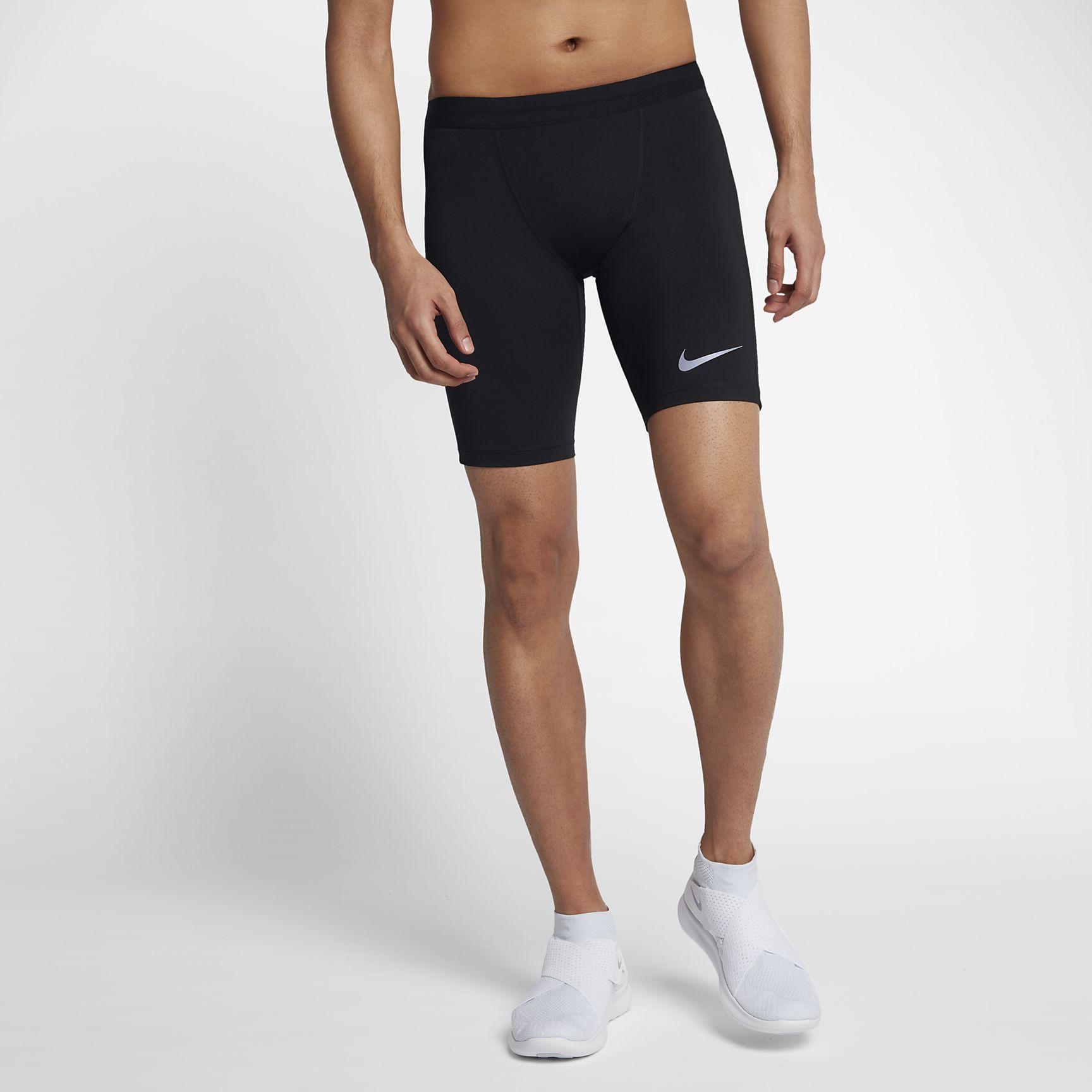 Nike Tech Tights kurz in Schwarz