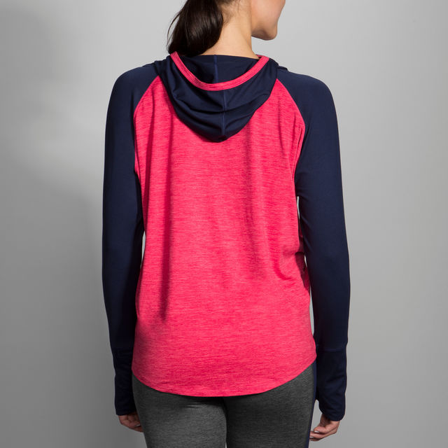 Brooks Dash Hoodie in Dahlia / Navy