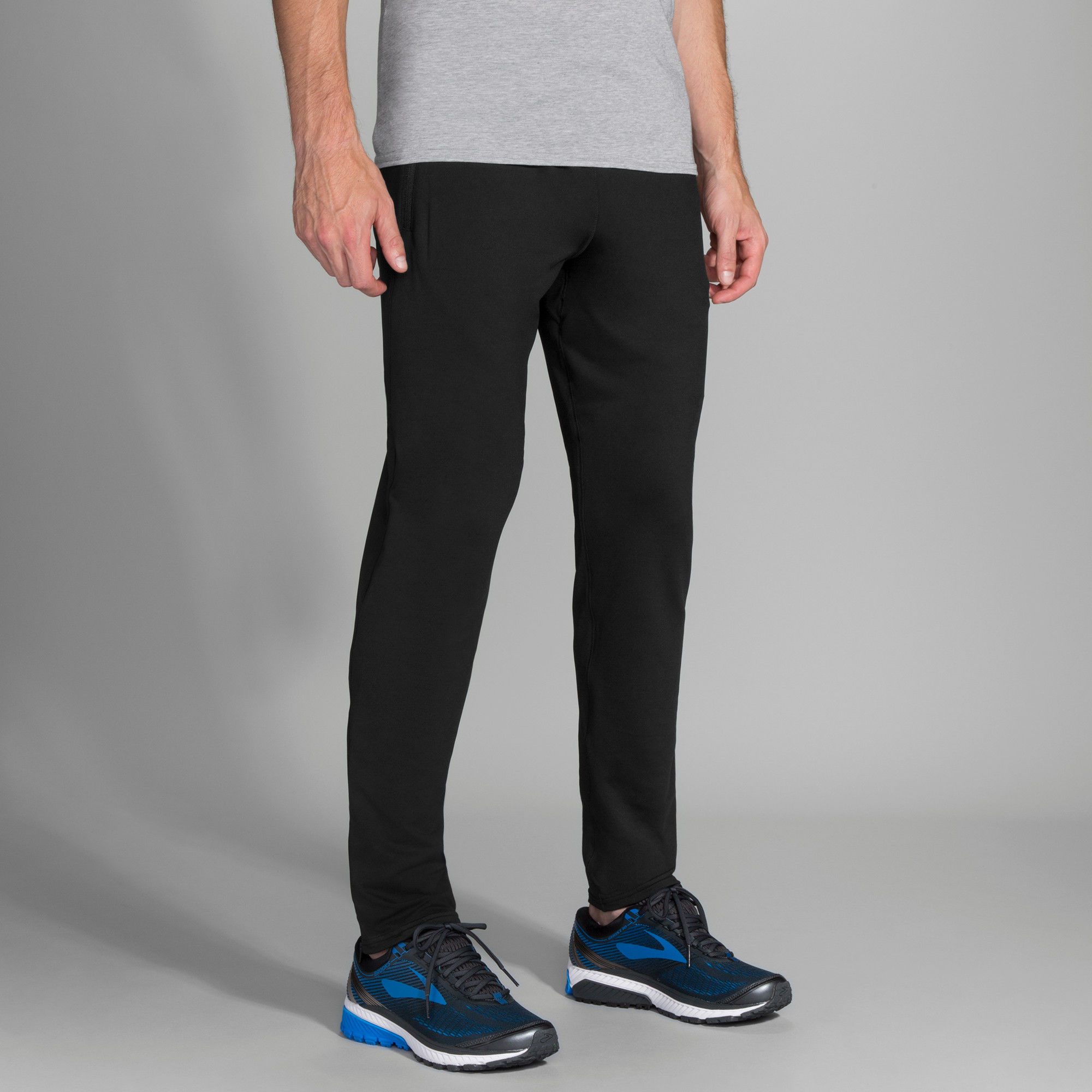 Brooks Spartan Pant in Schwarz