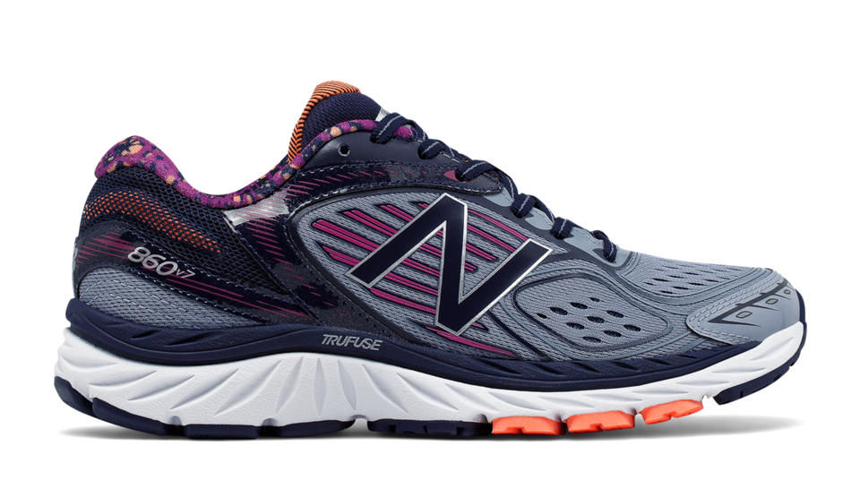 New Balance Lady 860 v7 2a in Poisonberry Pigment