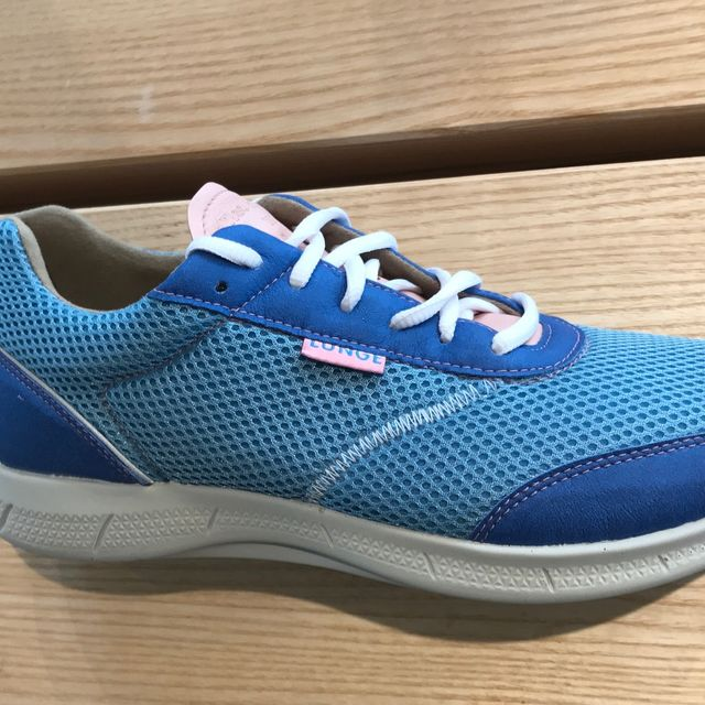 Lunge Neo Run Lady Skyblue in Skyblue / Cobalt