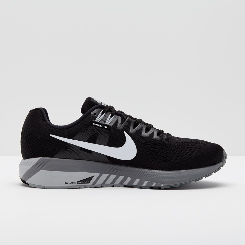 Nike Lady Air Zoom Structure 21 in Schwarz