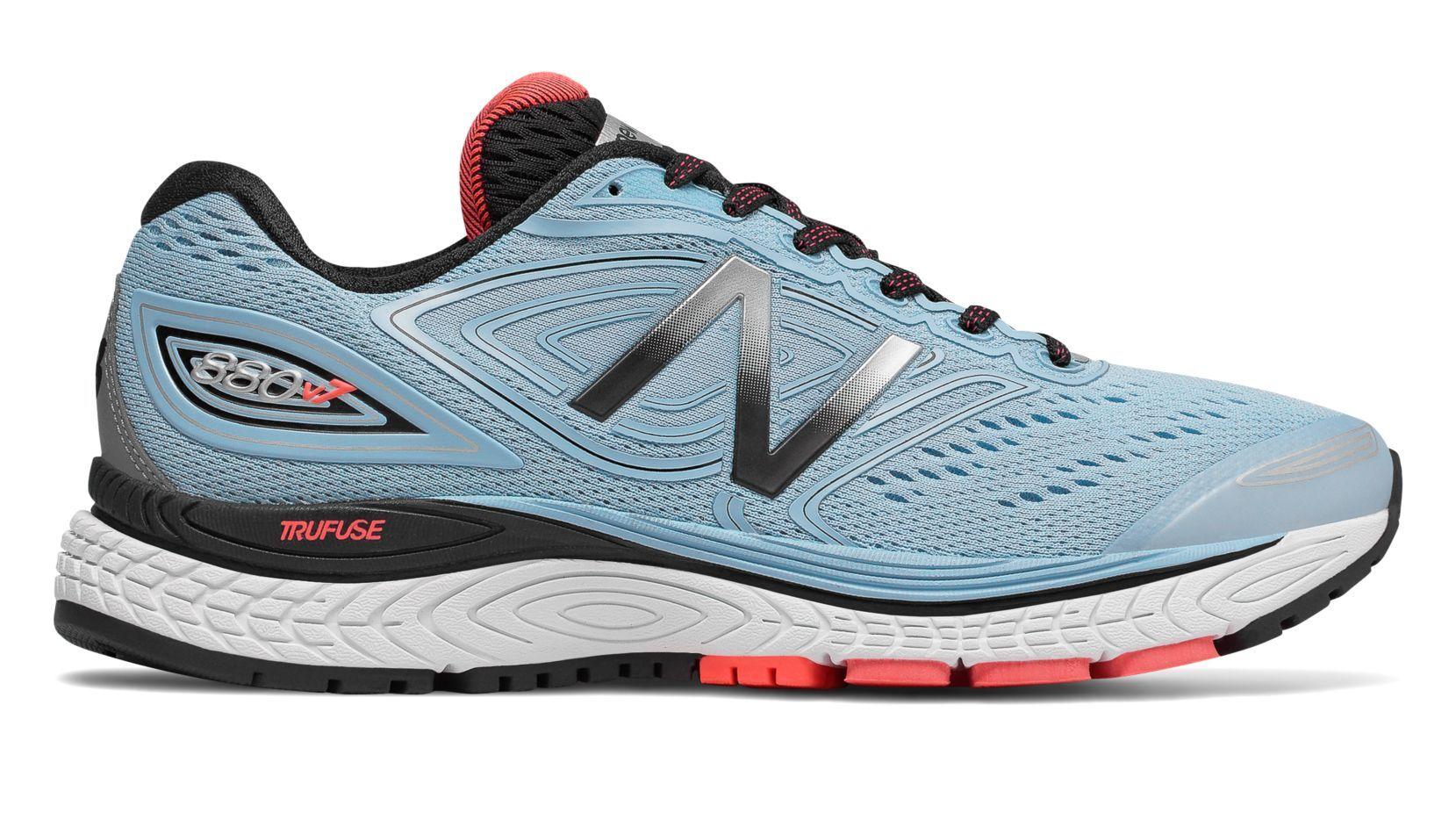 New Balance Lady 880 v7 2A in Blau