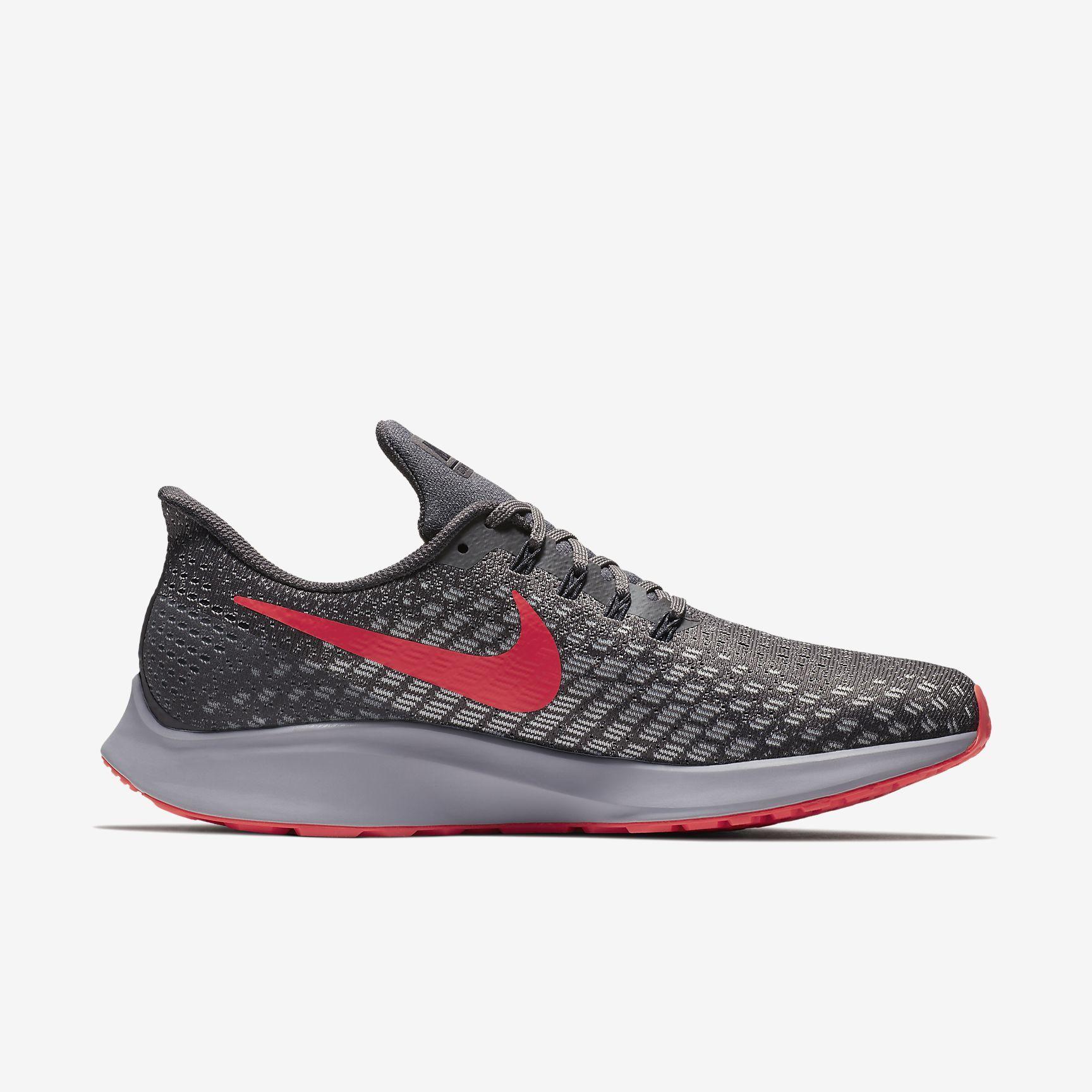 Nike Air Zoom Pegasus 35 in Thunder Grey Crimson
