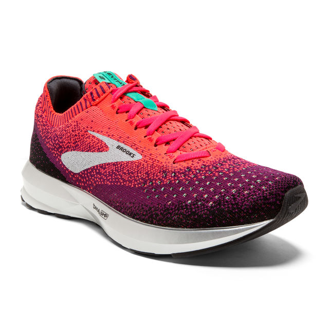 Brooks Lady Levitate 2 in Pink