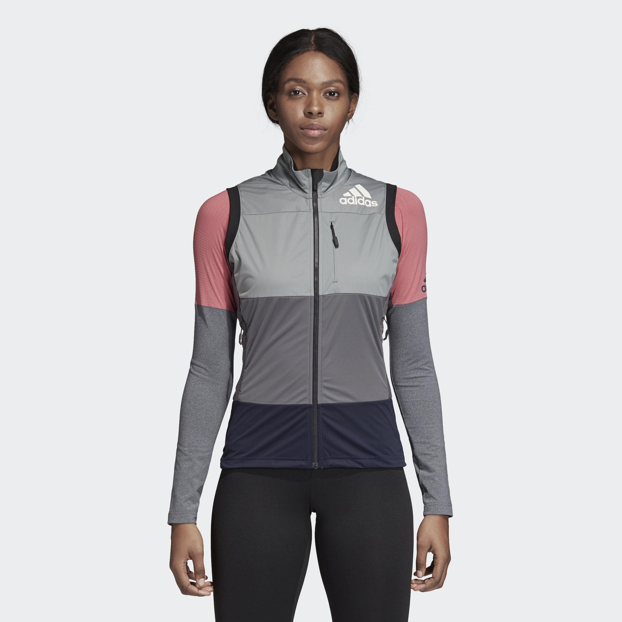 adidas Xperior Vest w in Grau