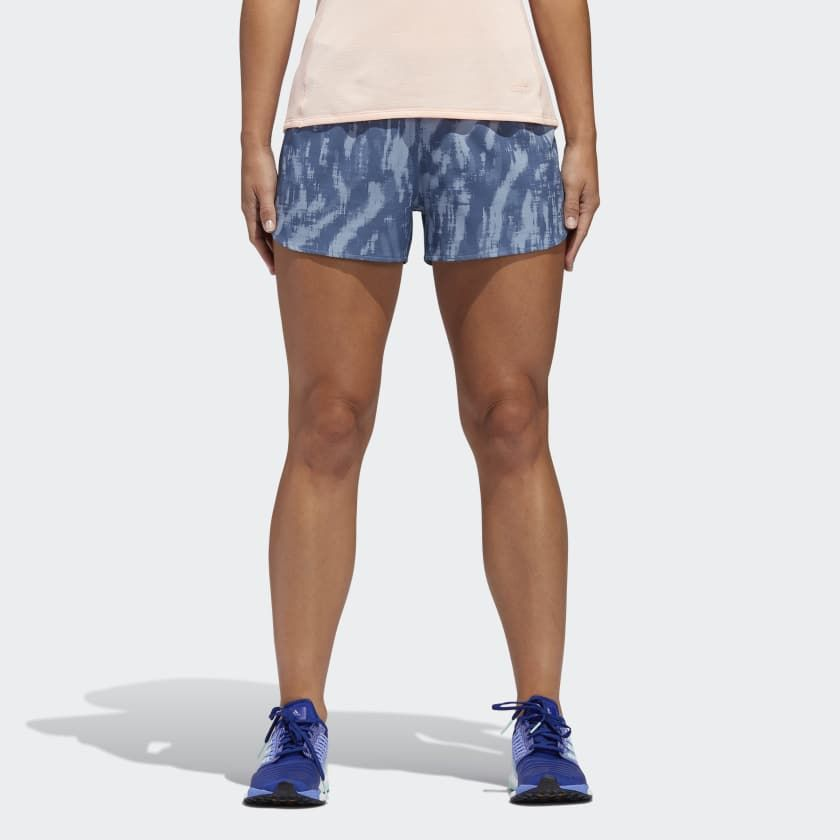 adidas Saturday Graphic Shorts w in Blau