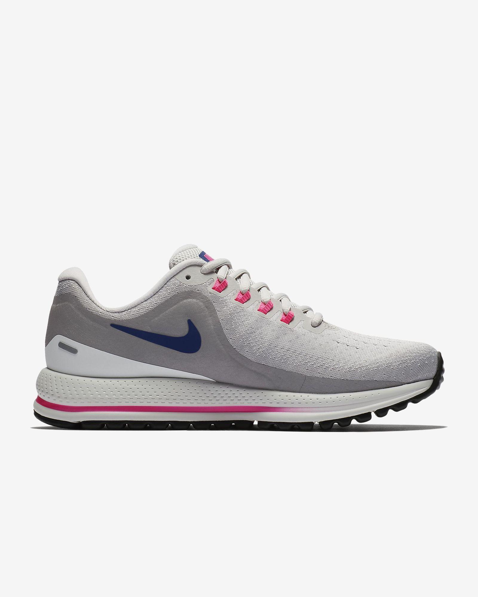 Nike Lady Zoom Vomero 13 in Weiß