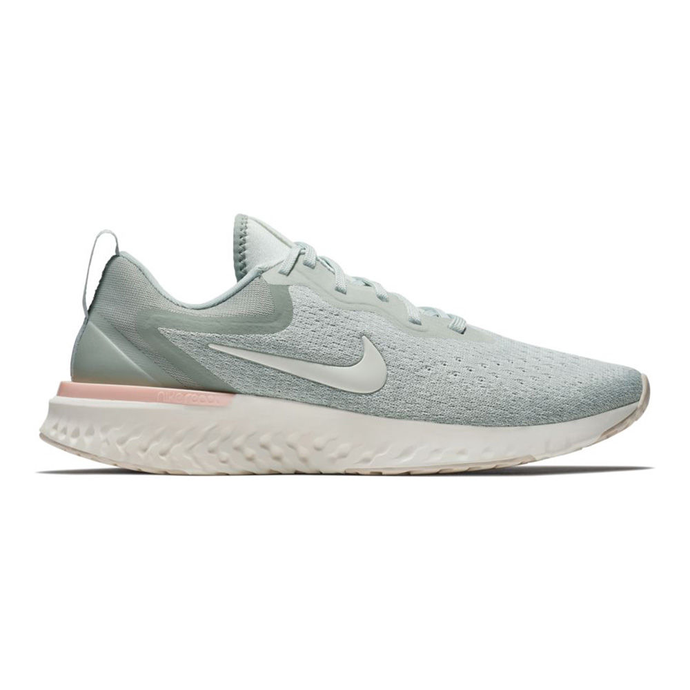 Nike Lady Odyssey React in Silber