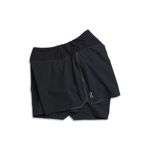 On Lady Running Shorts in Schwarz