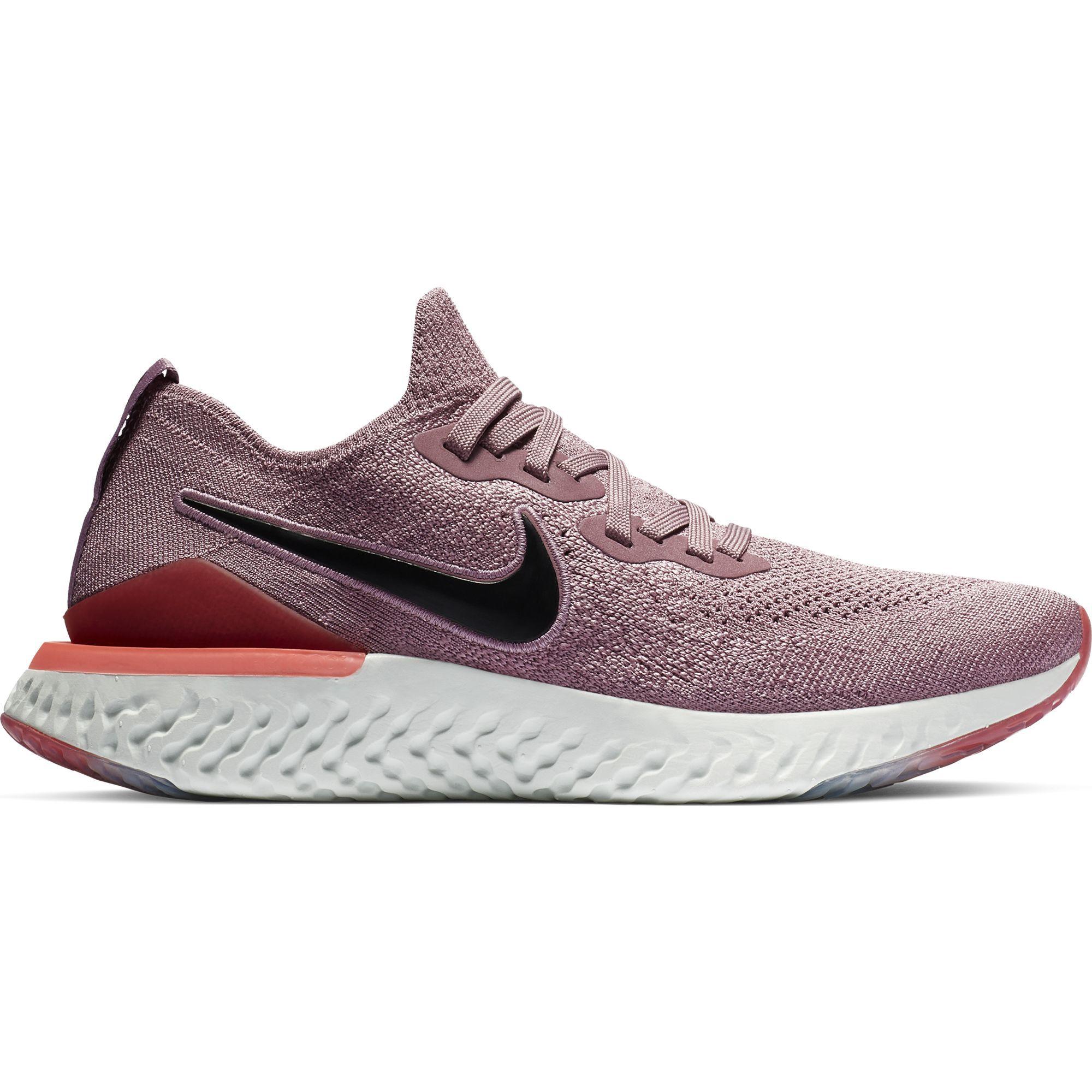 Nike Lady Epic React Flyknit 2 in Rosa