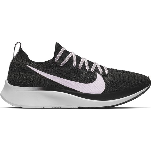 Nike Lady Zoom Fly Flyknit in Grau Rosa
