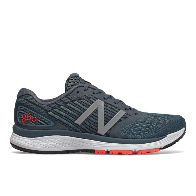 New Balance 860v9 D in Grau
