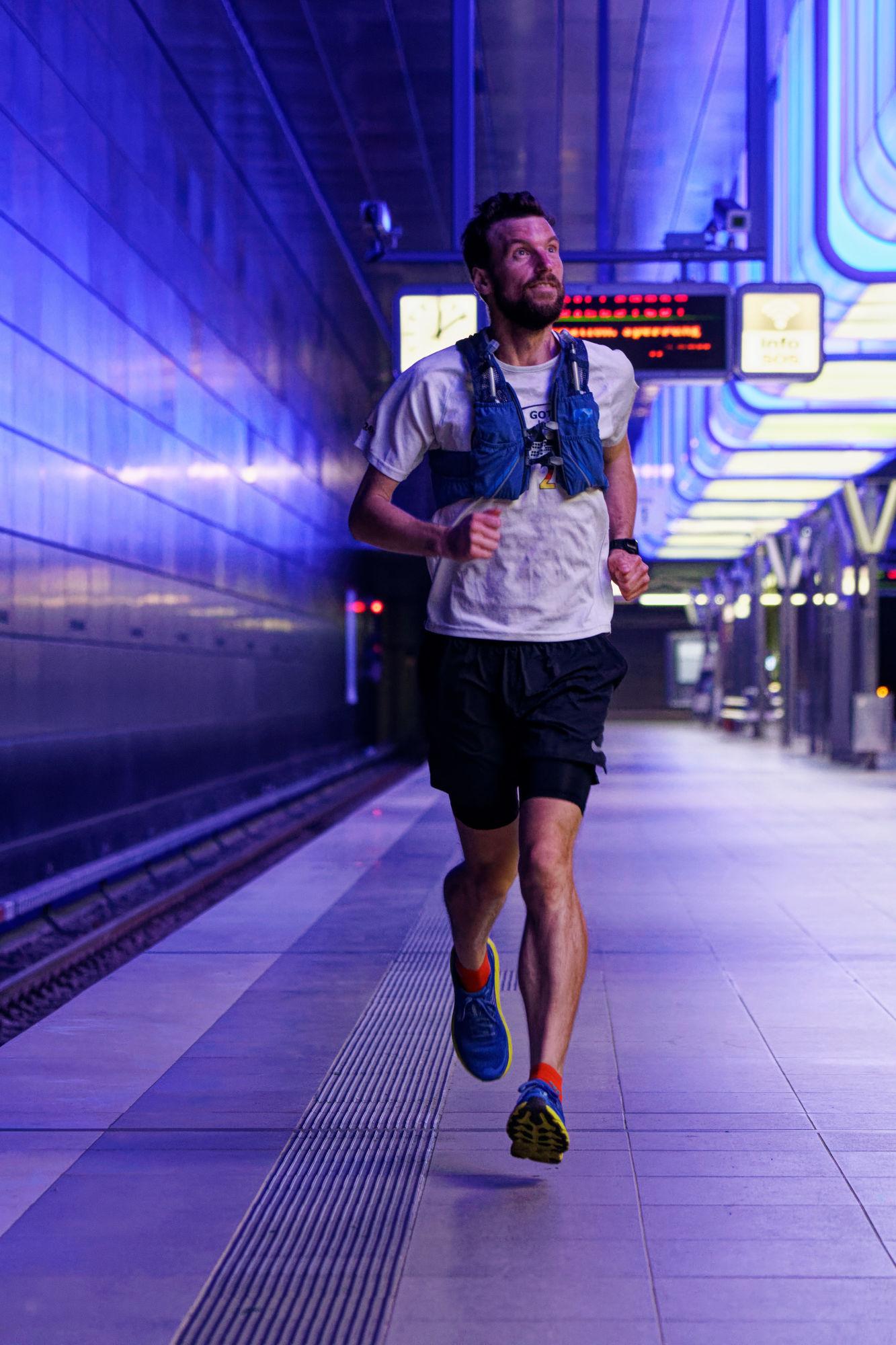 Lunge testet: Laufwesten und Laufrucksäcke von NATHAN Sports