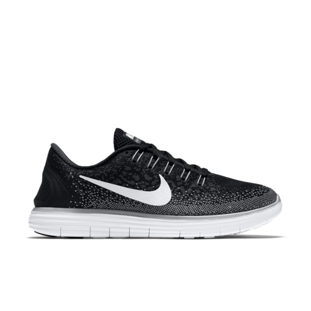 Nike Lady Free RN Distance in Schwarz