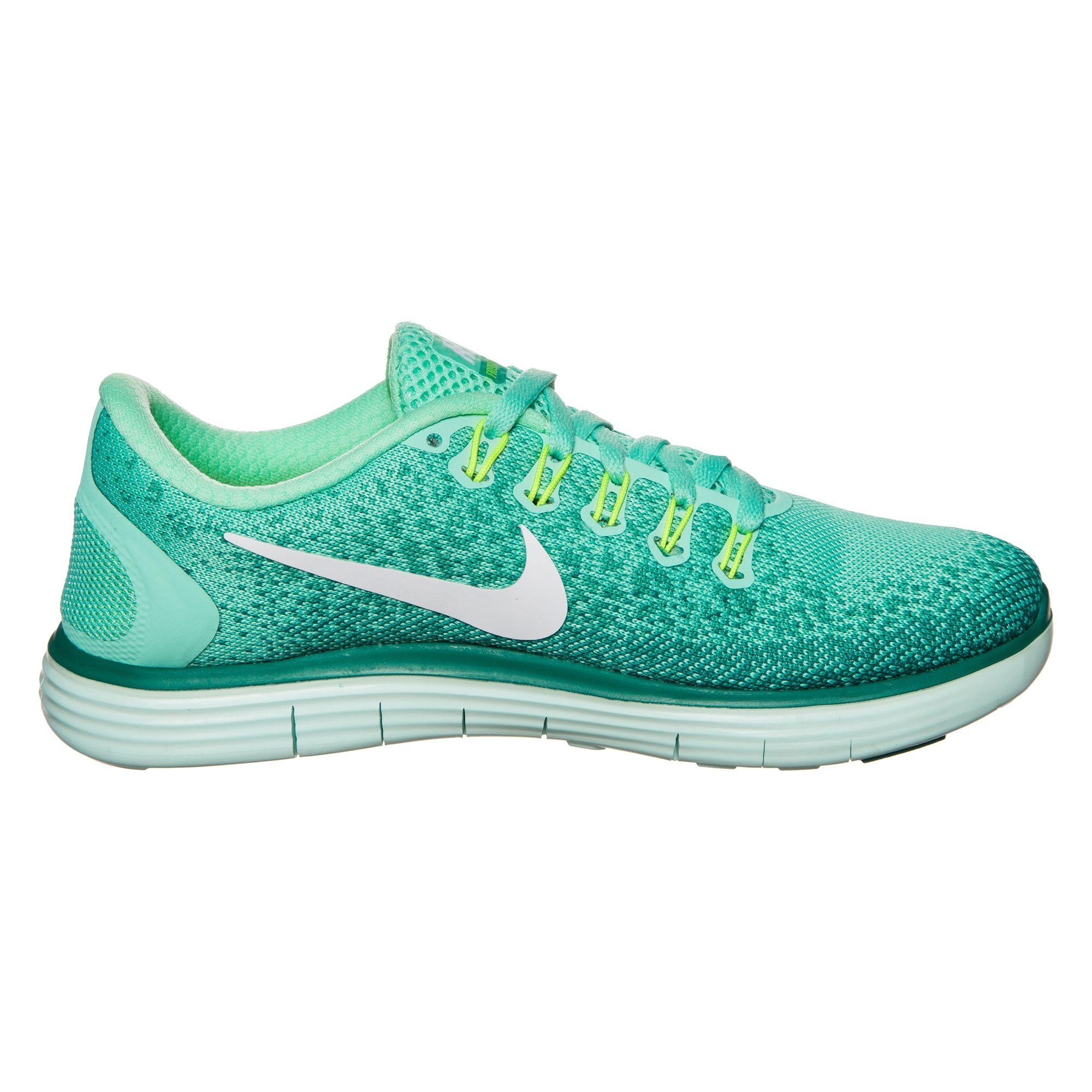 Nike Lady Free Distance in Grün