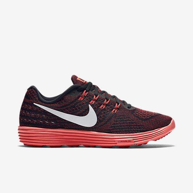 Nike LunarTempo 2 in Schwarz Rot