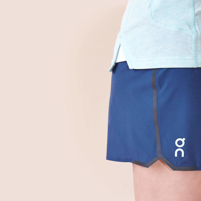 ON Lady Running Shorts (Navy)