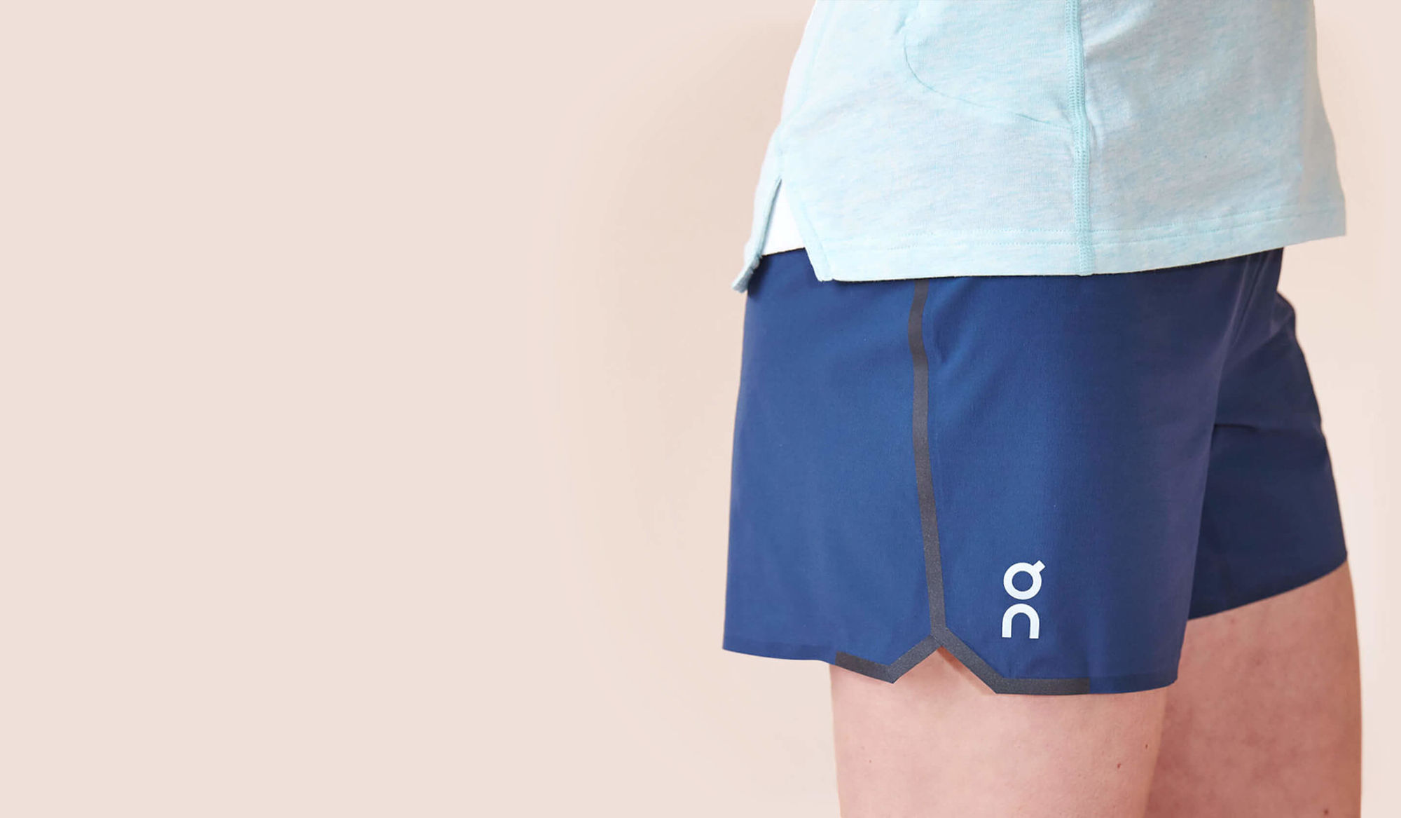 ON Lady Running Shorts in Navy