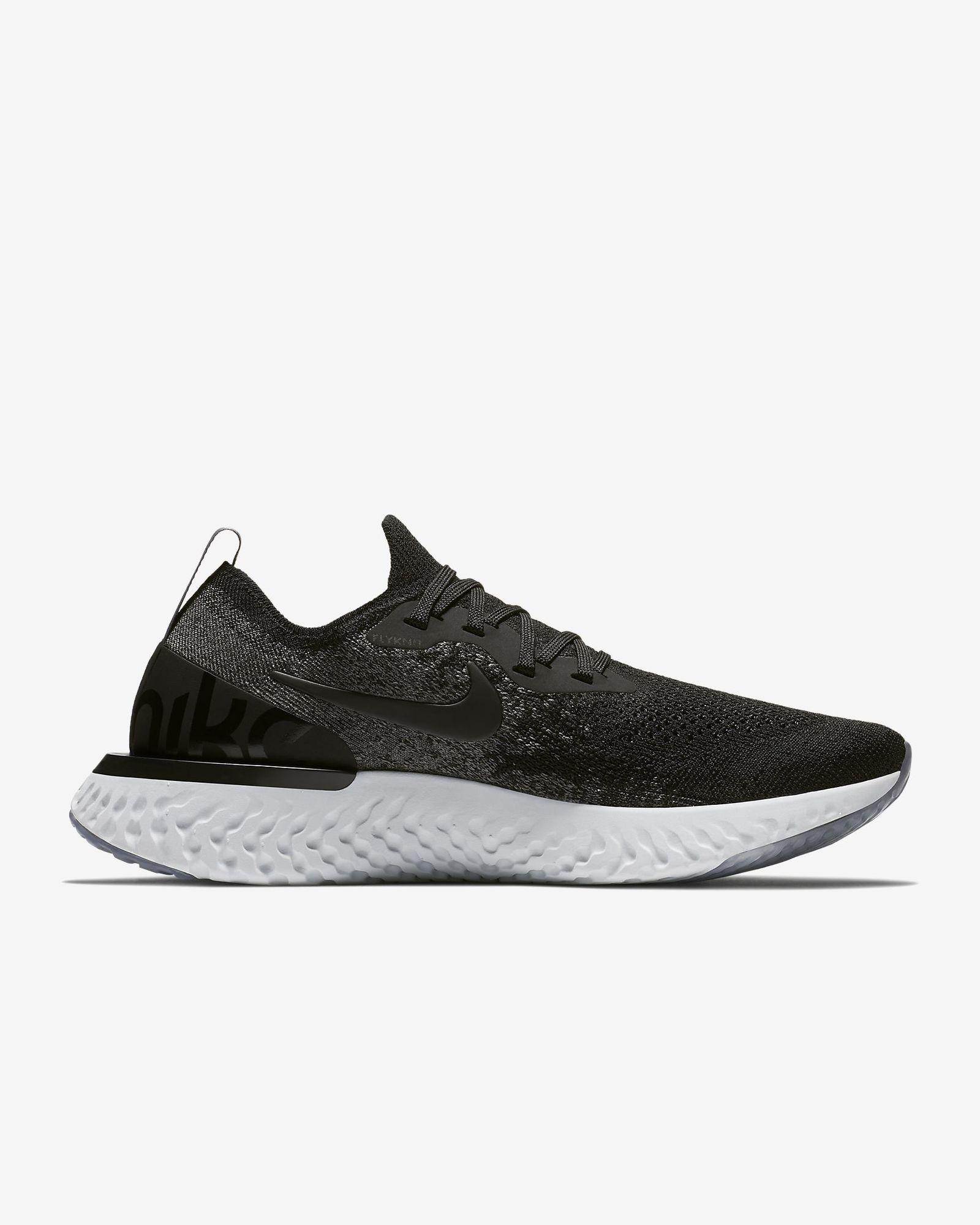 Nike Lady Epic React Flyknit in Schwarz Grau Platin