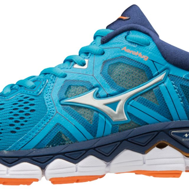 Mizuno Lady Wave Sky 2
