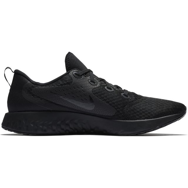 Nike Legend React in Schwarz