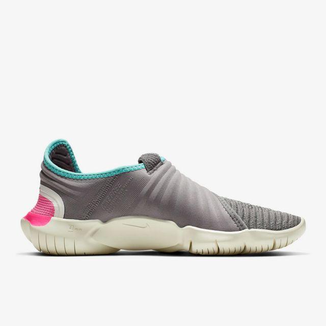 Nike Lady Free RN Flyknit 3.0 in Grau Pink