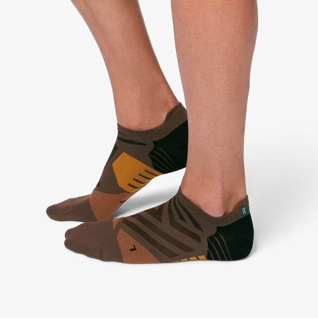 ON Low Sock Cocoa Black